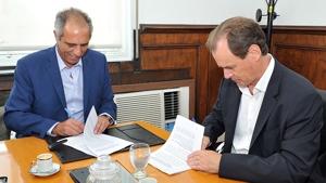 El Gobierno provincial invertirá en obras de saneamiento y potabilización de agua para cuatro ciudades entrerrianas